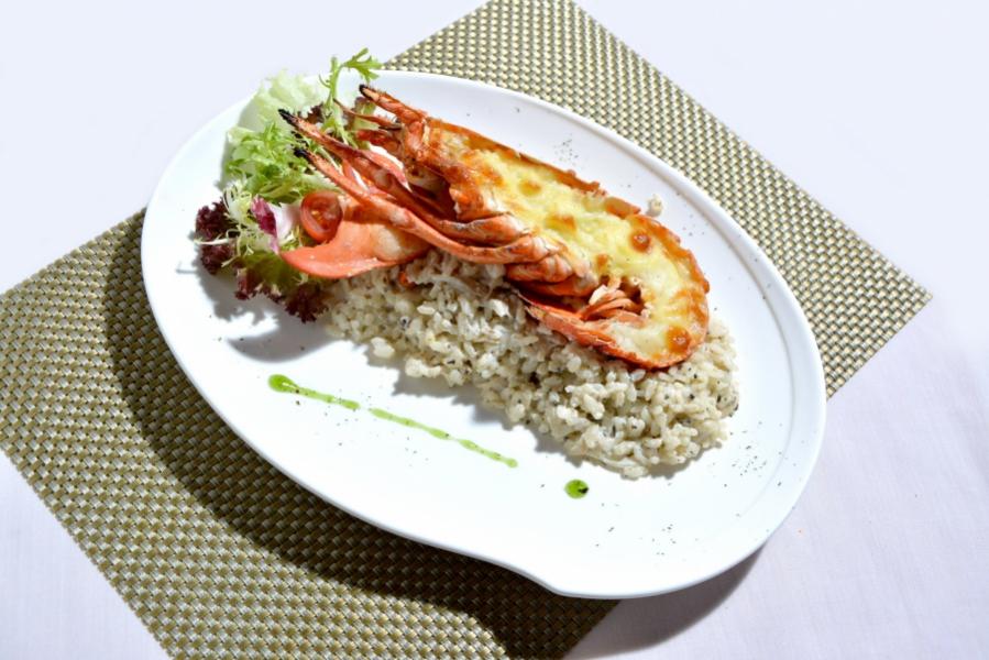 芝士焗波士頓龍蝦配黑松露意大利飯