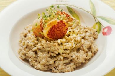 扒帶子野菌燴意大利飯