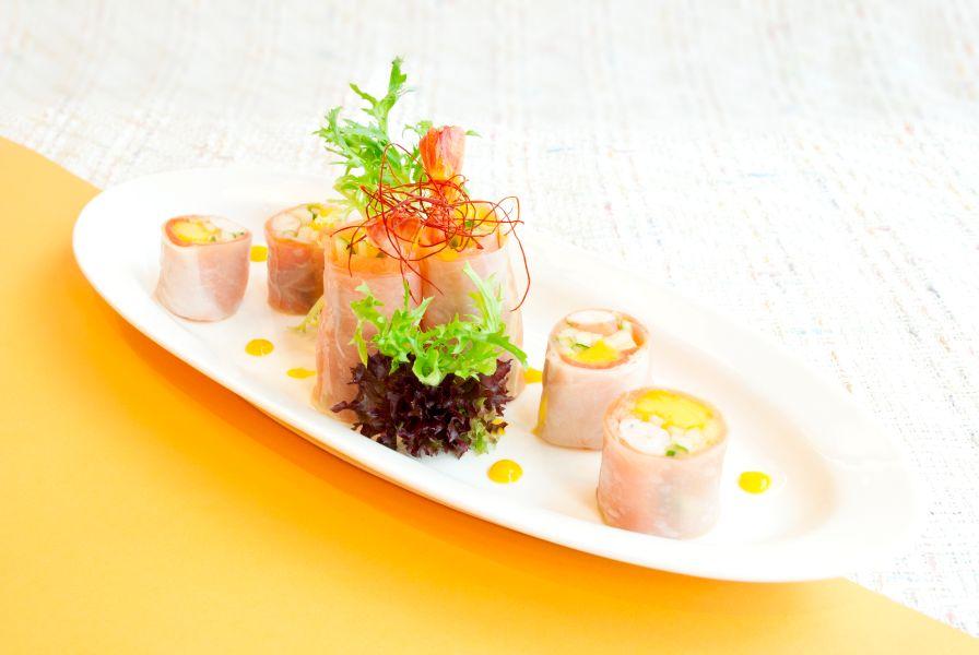 煙三文魚芒果鮮蝦米卷